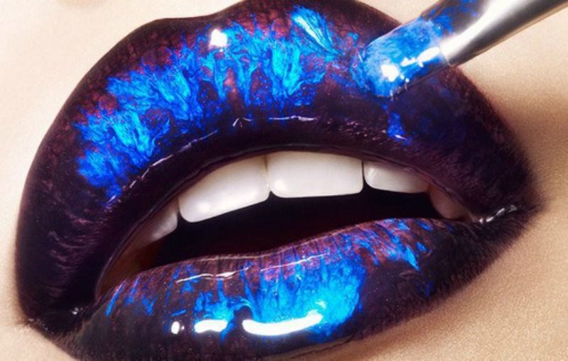 space-lips
