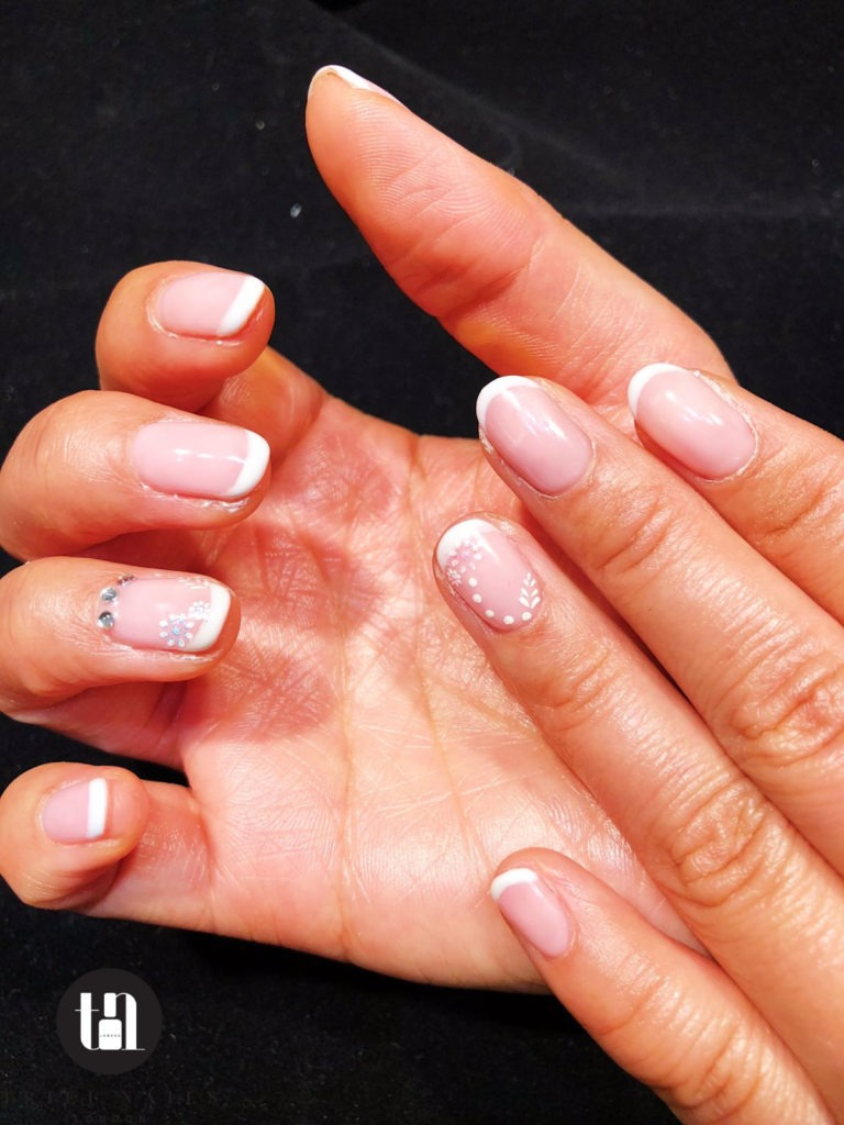 healthy manicure